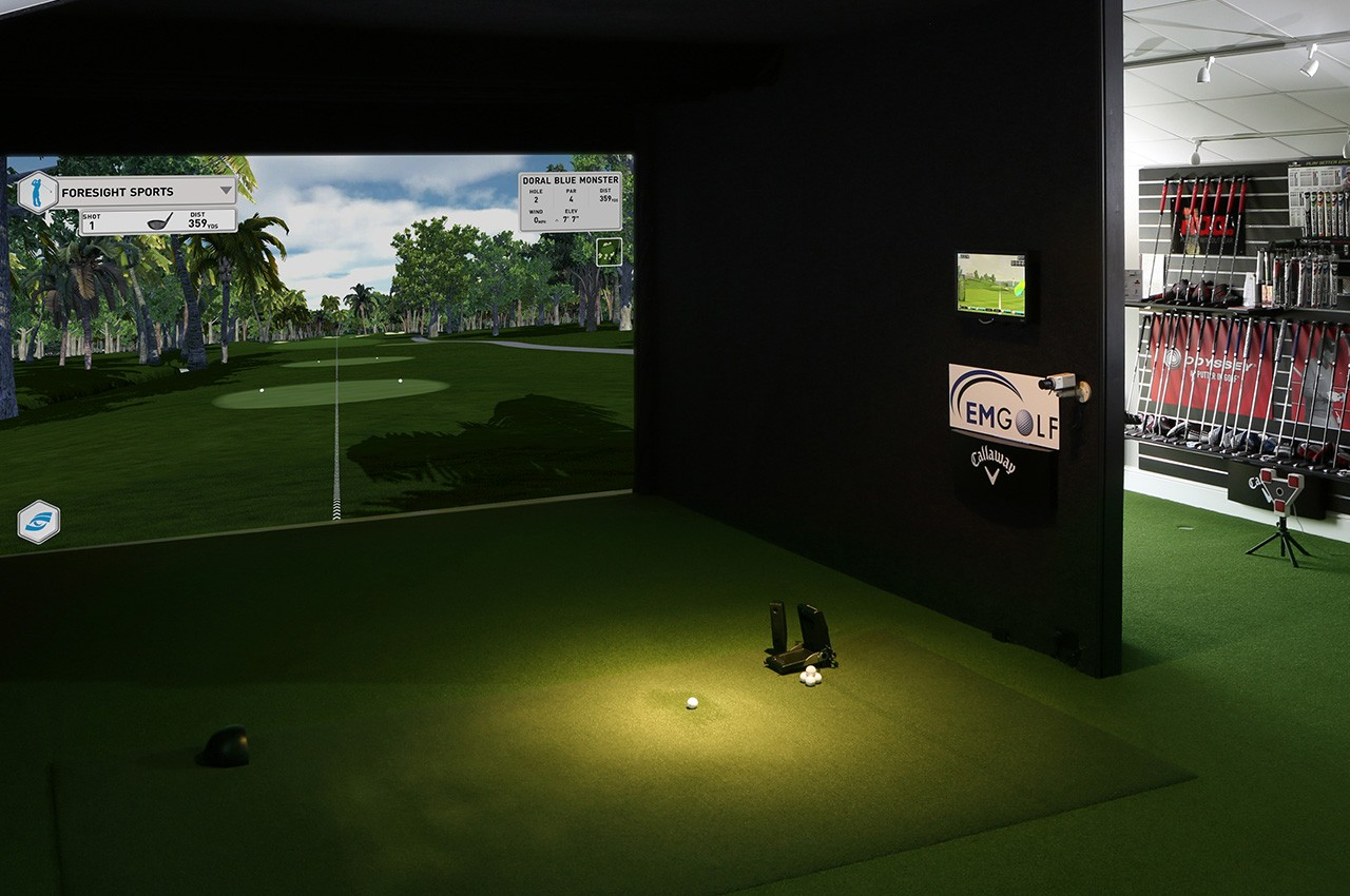 Commercial Golf Simulators | Foresight Sports