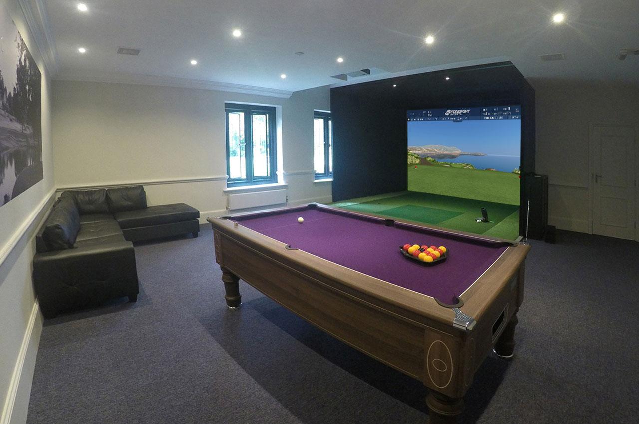 Golf simulators indoor virtual golf simulator for Golf simulator room dimensions