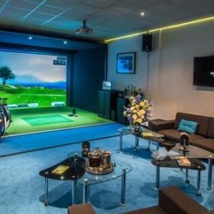 iPlayGolf Indoor Golf Centre - Milton Keynes, England